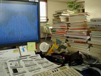 desk12708.jpg